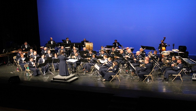 http://www.37trw.af.mil/News/ArticleDisplay/tabid/3003/Article/1018556/holiday-in-blue-concerts-to-be-held-dec-10-11-at-laurie-auditorium.aspx
